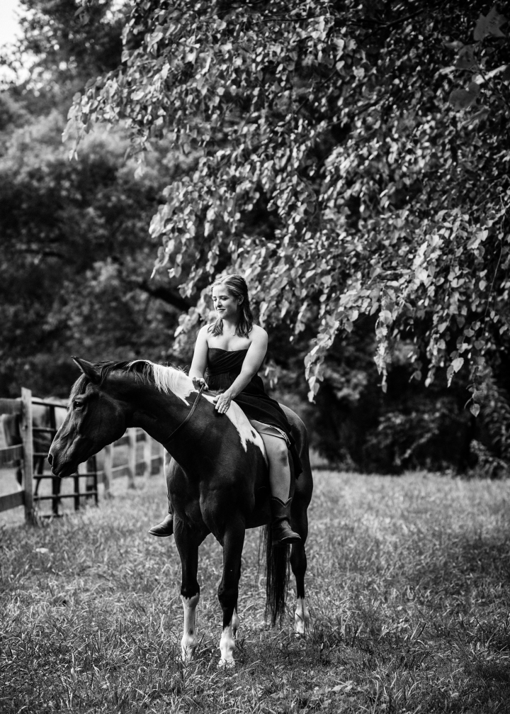 equine lifestyle portrait in tryon nc