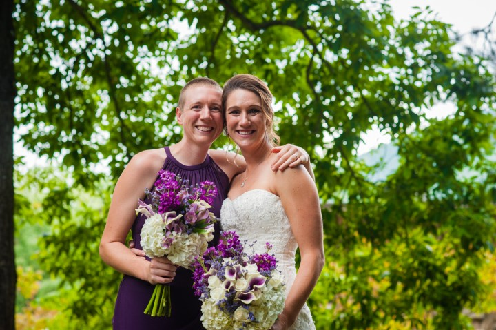 The bride and her sister pose for a quick portrait