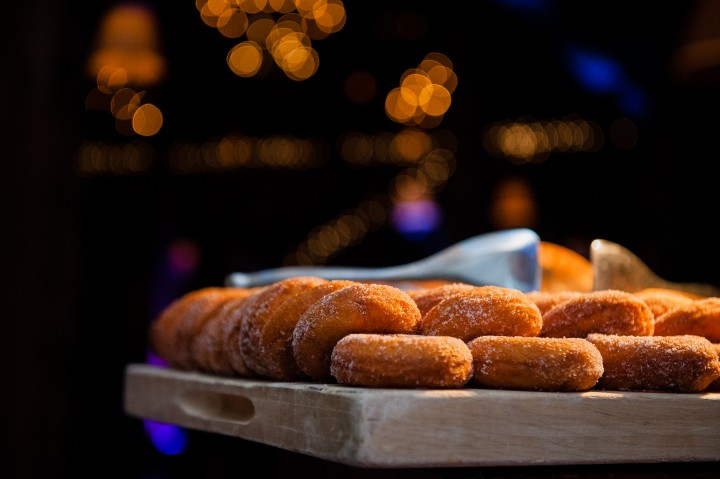 Apple cider donuts are the perfect guest treat during a barn reception