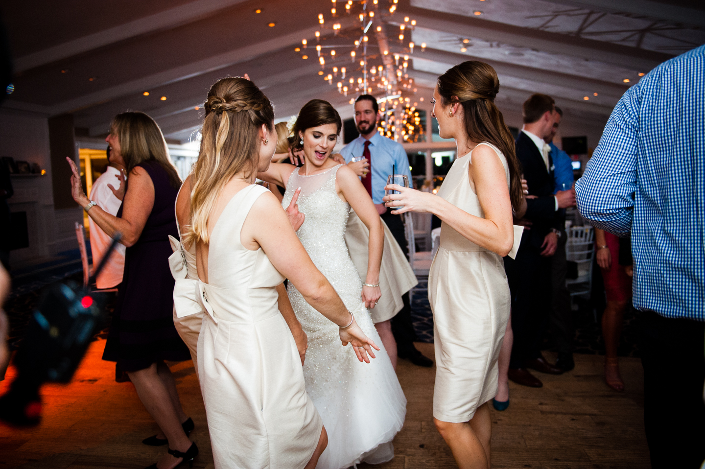 bride and her ladies dancing during her reception