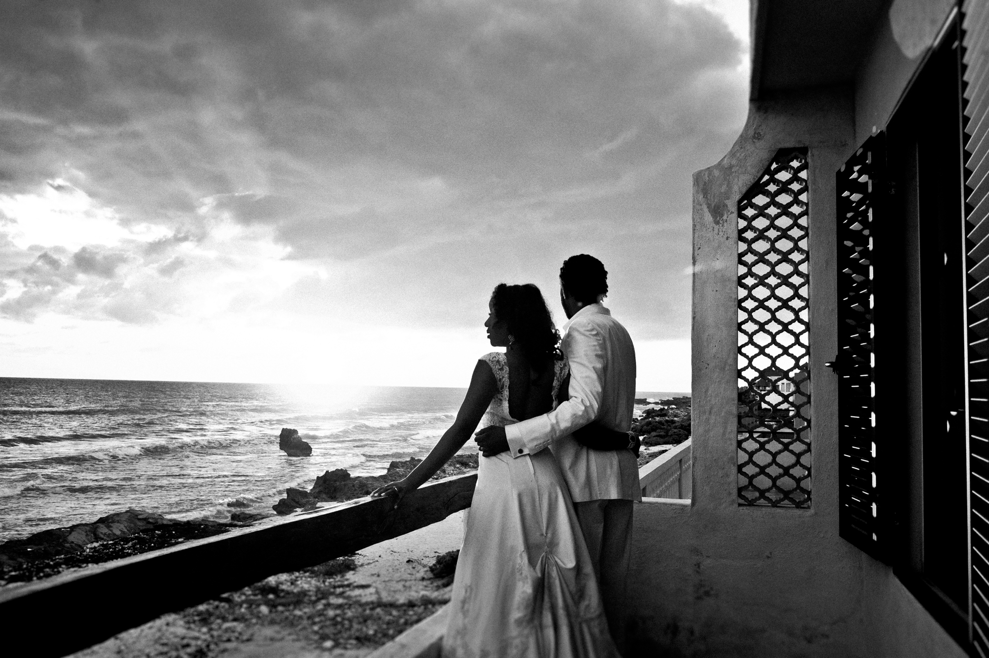 Bride and Groom at sunrise for trash the dress session
