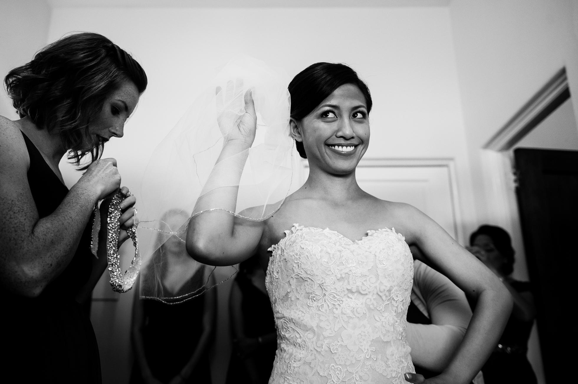 beautiful asheville bride getting ready