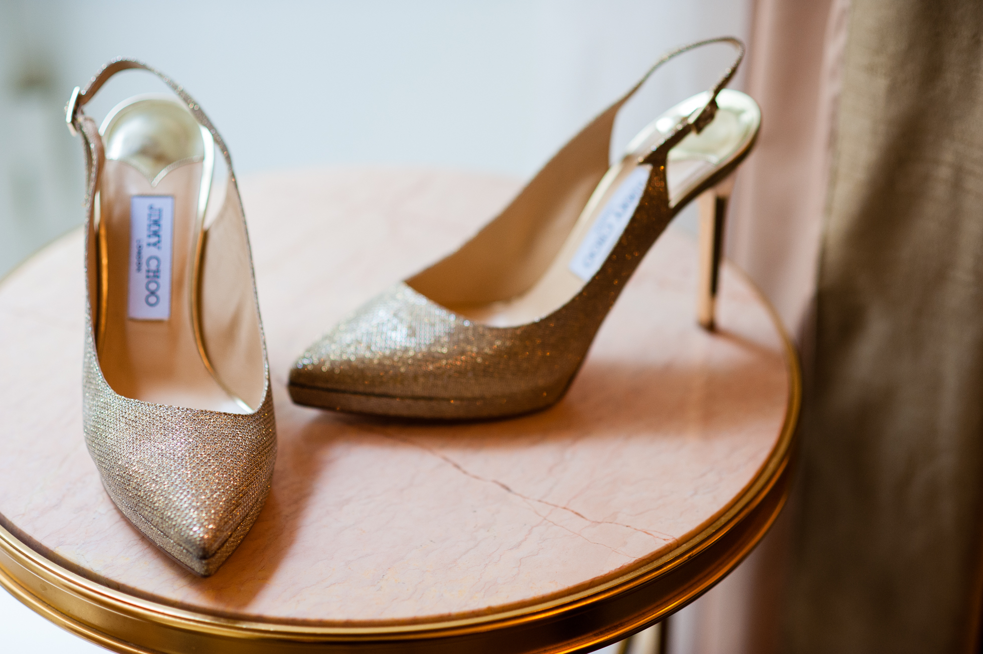 A chic NYC wedding getting ready at The Plaza