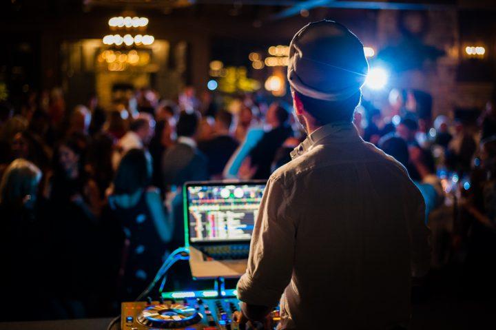 lucas the DJ kept the dancefloor packed at old edwards inn wedding