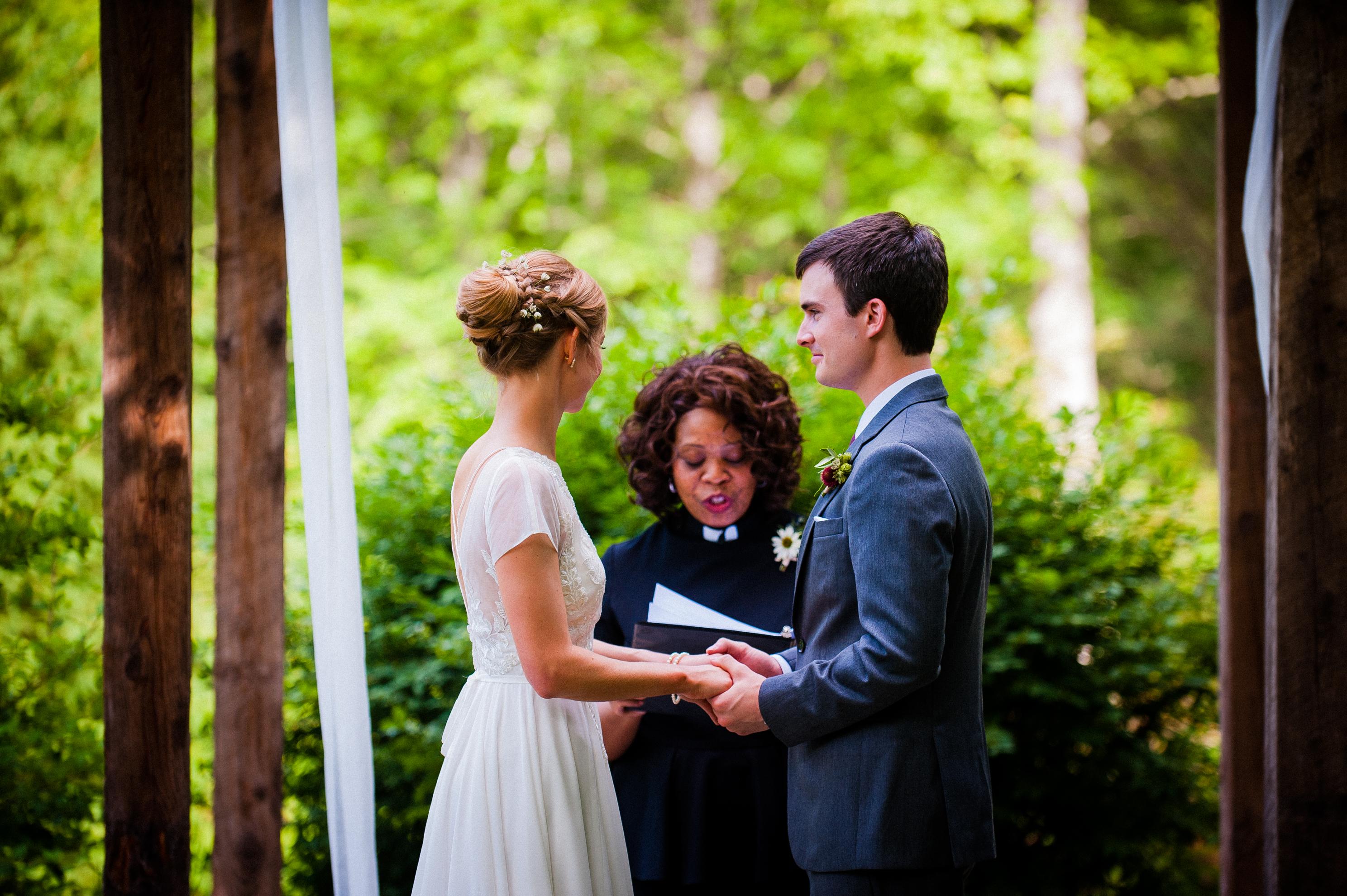 green summertime wedding at bettys creek