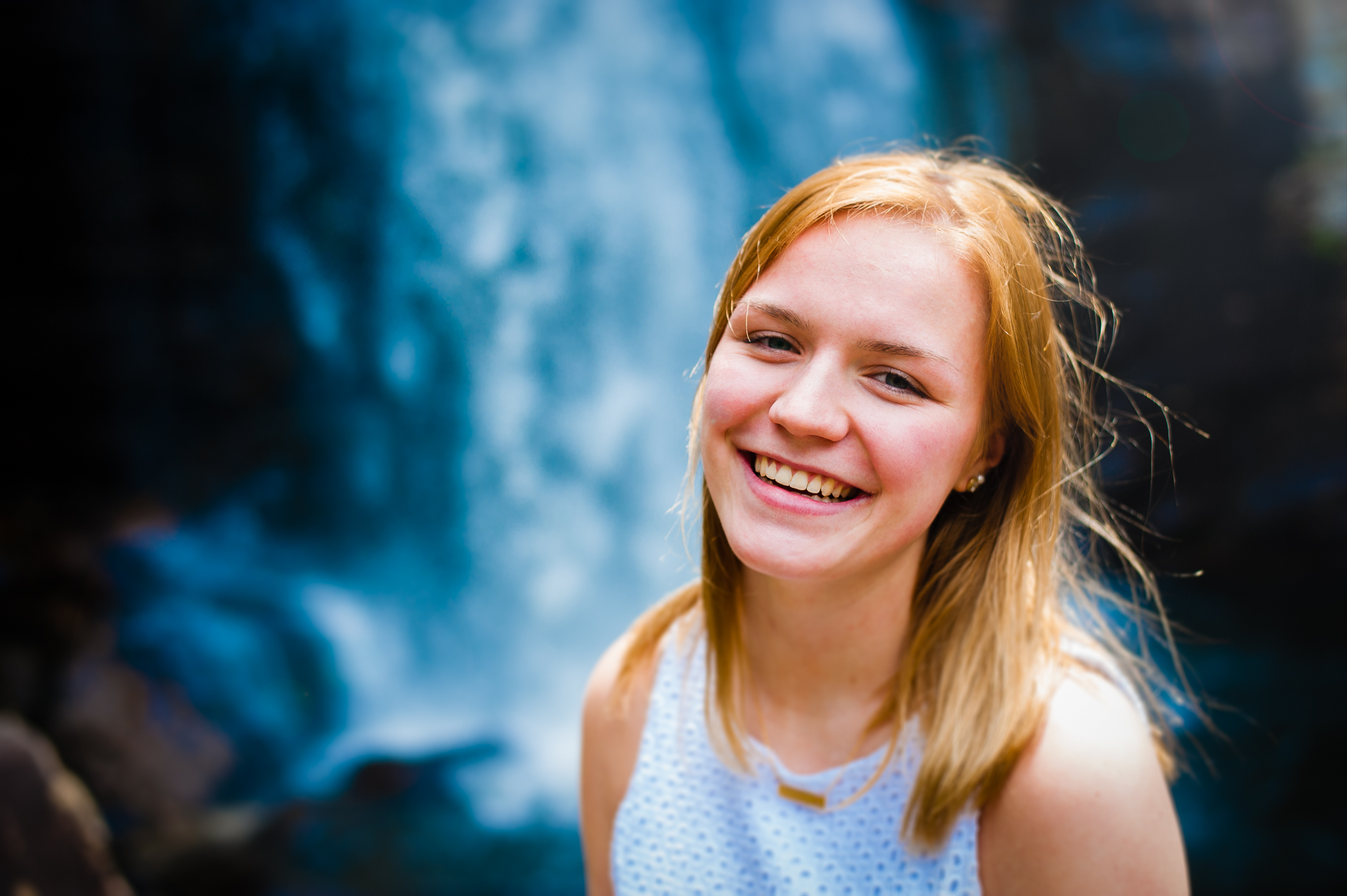 senior portrait at looking glass falls