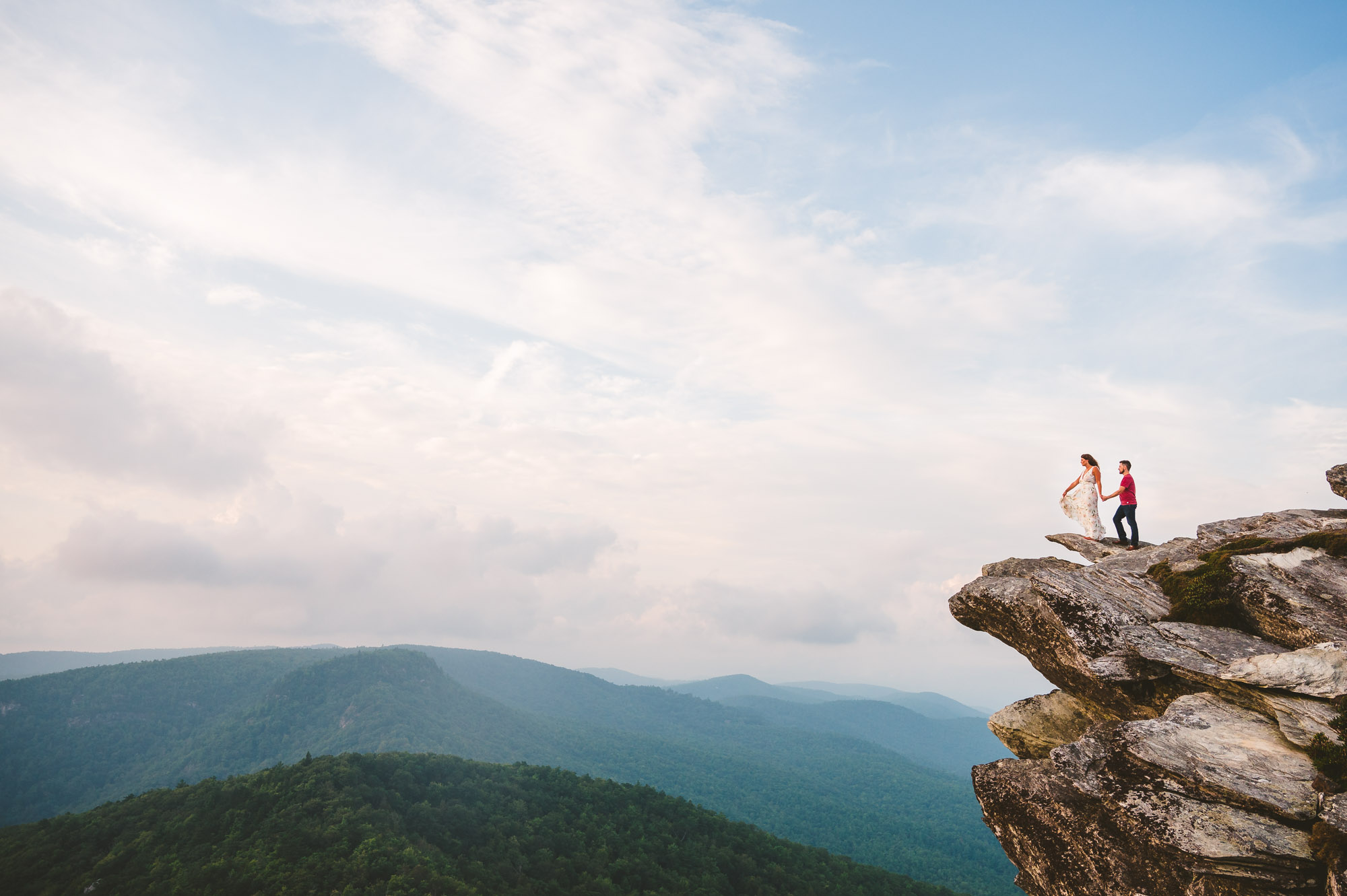 Couple on the edge of Hawksbill in Linville Gorge