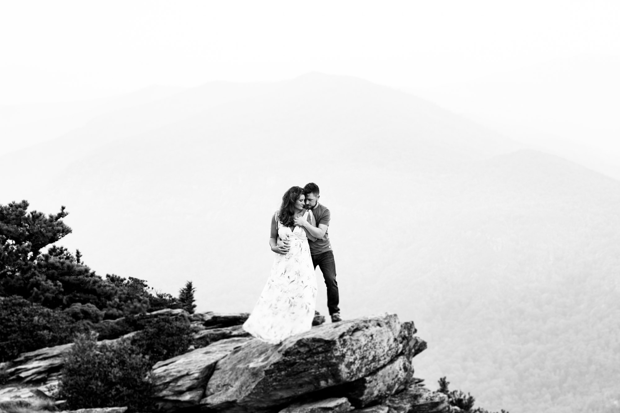Romantic Hawksbill Mountain Engagement session