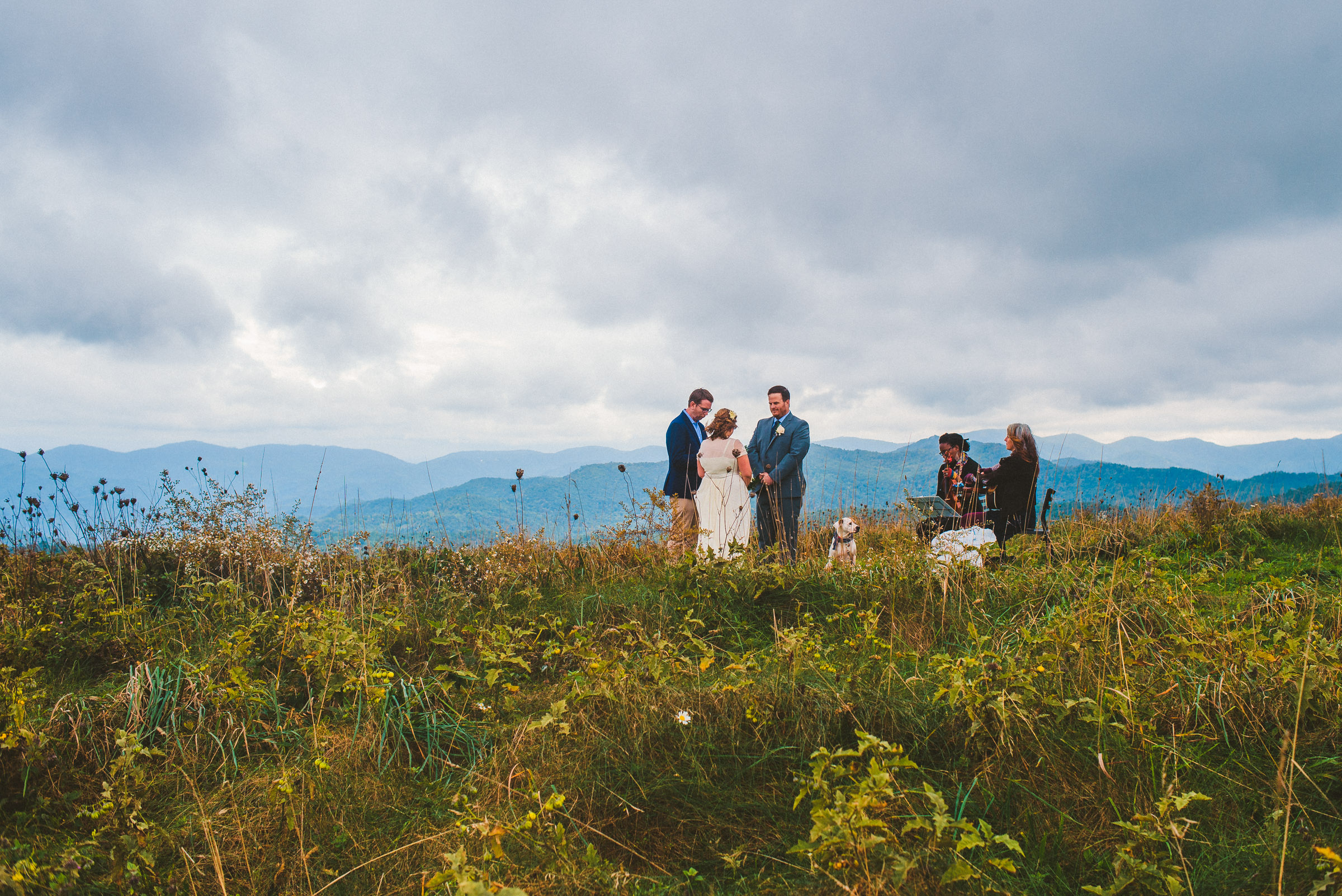An intimate Max Patch Mountain wedding ceremony in the fall